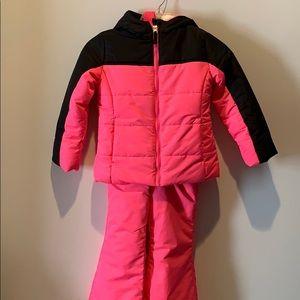 EUC GIRLS SIZE 4/5 Pink snow suit(bib and jacket)